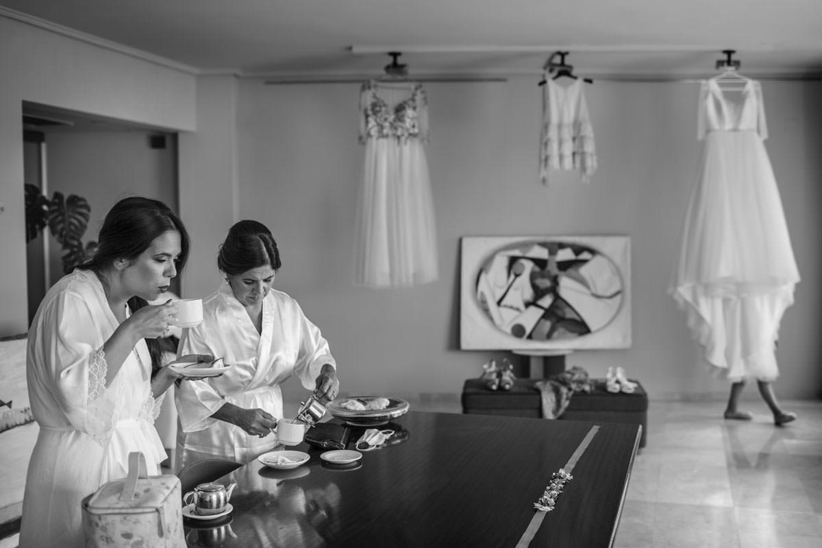 Fotógrafos Torrelavega Novia y damas de honos de la boda